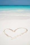 Coeurs dessinés en plage Image libre de droits