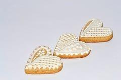 Coeurs diagonalement décomposés de pain d'épice Image stock