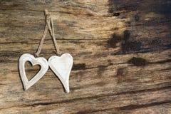 Coeurs en bois Photographie stock