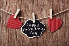 Coeurs et jour de valentines heureux des textes Image stock