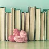 Coeurs et livres de coton Image stock