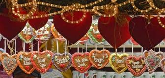 Coeurs faits de pain d'épice Photos stock