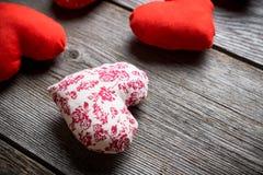 Coeurs faits main pour le jour de valentines de St Images stock
