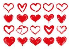 Coeurs grunges Coeur rouge tiré par la main, valentine aimée d'amoureux et carte de voeux sale de dessin de jour de valentines illustration libre de droits