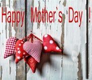 Coeurs heureux de jour du ` s de mère Enfantez ` s jour le jour de la mère s du 26 mai Photos libres de droits