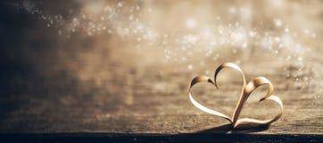 Coeurs magiques de ruban image stock