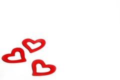 Coeurs rouges en bois d'amour de beau vintage pour des mariages ou des valentines Photos libres de droits