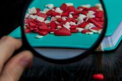 Coeurs rouges et blancs Photographie stock libre de droits