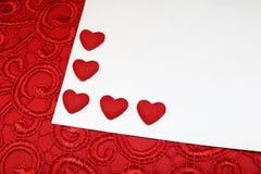 Coeurs rouges pour le jour du ` s de Valentine Photos stock