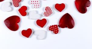 Coeurs rouges pour le jour du ` s de Valentine de saint, banque de vidéos