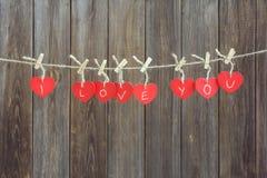 Coeurs rouges sur la ligne Photo libre de droits