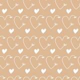 Coeurs sous la forme de milieux beiges sans couture de vecteur de flèches pour le jour du ` s de Valentine Illustration romantiqu Illustration Libre de Droits