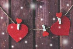 Coeurs sur la corde Photographie stock