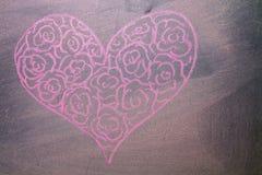 Coeurs tirés par la main sur le fond de tableau Images libres de droits