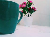 Cofee e fiori Fotografia Stock