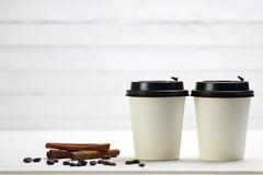Coffe纸杯豆 图库摄影