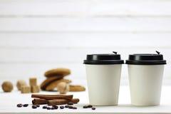 Coffe纸杯豆 库存图片
