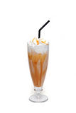 Coffe鸡尾酒用在玻璃杯子的焦糖 图库摄影
