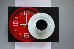 Coffe bij negen stock afbeeldingen