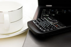 Coffe cup on the desk Royalty Free Stock Photos