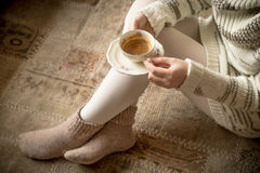 Coffe cup in woman's hands Royalty Free Stock Photography