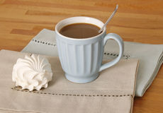 Coffe cup and zephyr dessert Stock Photography