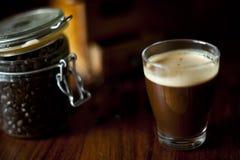 Coffe di buio di mattina Fotografie Stock Libere da Diritti