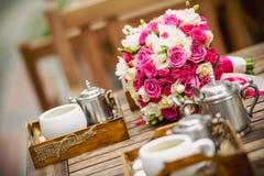 Coffe e flores Fotografia de Stock Royalty Free
