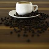 Coffe en coffe bonen Stock Afbeeldingen