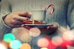 Coffe filiżanki ręka Fotografia Royalty Free