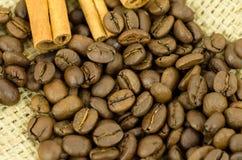 Coffe och kanel Arkivfoto
