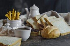 Coffe y pan fresco Fotografía de archivo