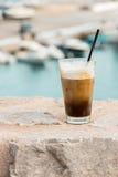 Coffe z lodem i śmietanką Zdjęcia Royalty Free