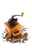 Coffebeans e moedor Imagem de Stock