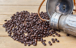 Coffee beans in a bamboo basket Royalty Free Stock Photos