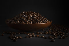 Coffee beans on a black background Royalty Free Stock Photos
