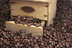 Coffee beans and coffee grinder Royalty Free Stock Photography