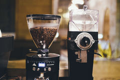 Coffee beans and grinder Royalty Free Stock Photography