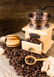 Coffee beans with grinder Royalty Free Stock Images
