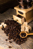 Coffee beans with grinder Royalty Free Stock Photos