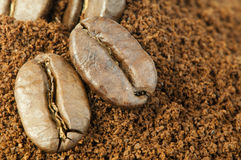 Coffee beans and ground coffee Royalty Free Stock Photos