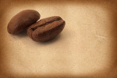 Coffee Beans on grunge background Royalty Free Stock Photos
