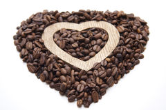 Coffee beans in heart form Royalty Free Stock Photography