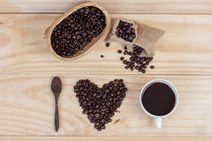 Coffee beans in heart shape Royalty Free Stock Photography
