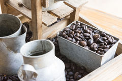 Free Coffee Beans In The Container Box Royalty Free Stock Photos - 86629528