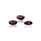 Coffee beans isolated with clipping path Royalty Free Stock Photography