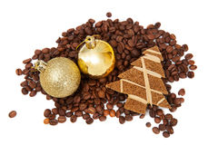 Coffee beans with small decorations Royalty Free Stock Photography
