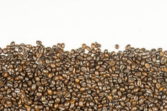 Coffee beans stripes isolated in white background Royalty Free Stock Photos