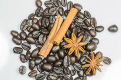 Coffee beans whit cinnamon and anise Royalty Free Stock Image