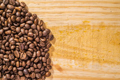 Coffee Beans and Wood Royalty Free Stock Photography